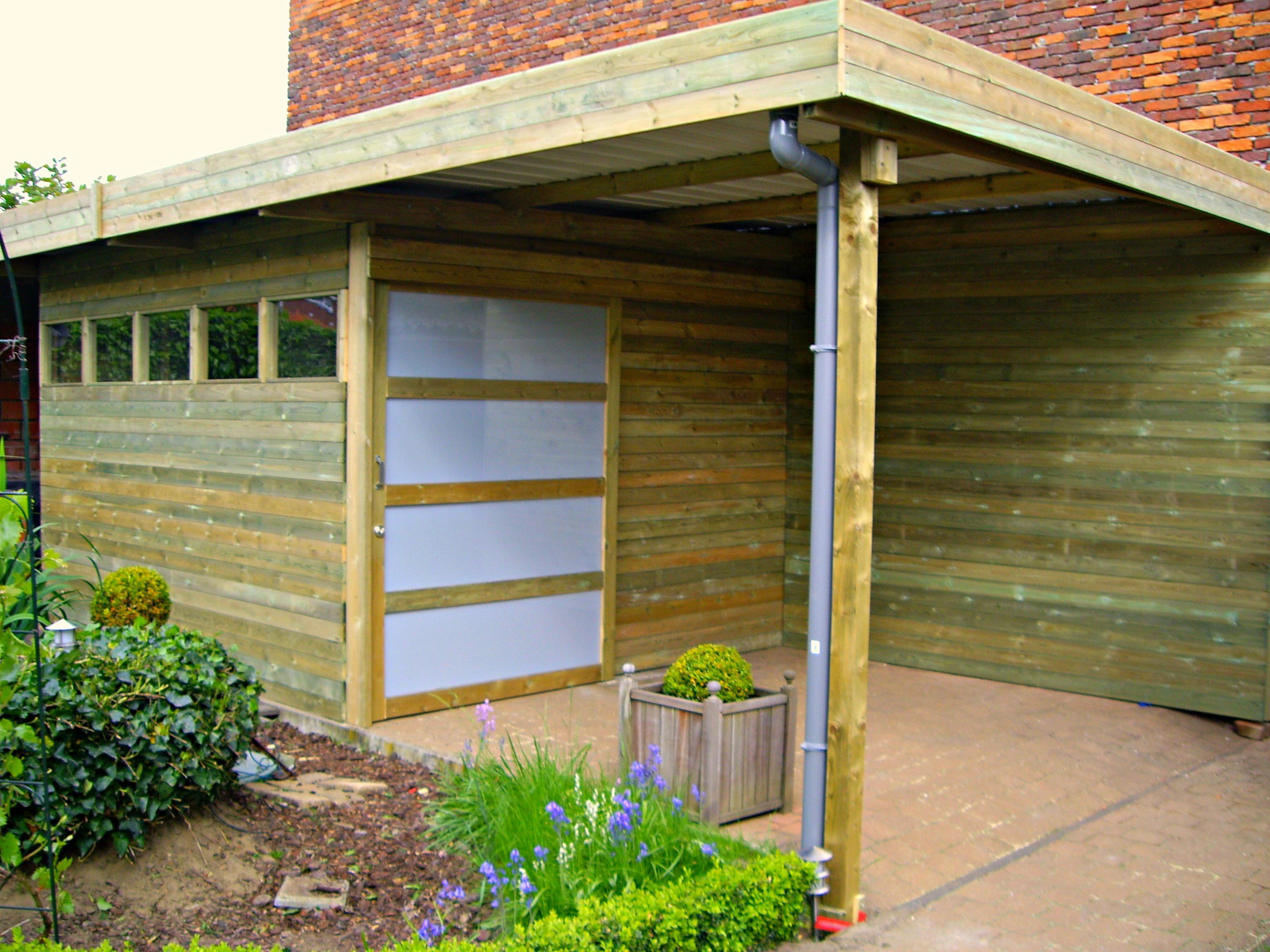 Een houten tuinhuis nodig alfa construct - Overdekt terras in hout ...